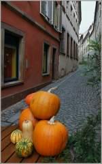 Elsass/171859/kuerbisdekorationen-in-strasbourg-sorgen-fuer-ein Kürbisdekorationen in Strasbourg sorgen für ein herbstliches Ambiente. (28.10.2011)