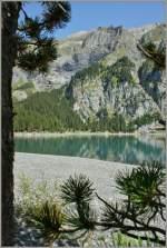 Berner Oberland/161138/am-ufer-des-oschinensees-herrscht-noch Am Ufer des Oschinensee's herrscht noch morgendliche Ruhe. (22.08.2011)
